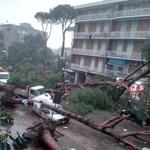 Már hatan meghaltak Olaszországban a heves viharok, áradások miatt – fotók
