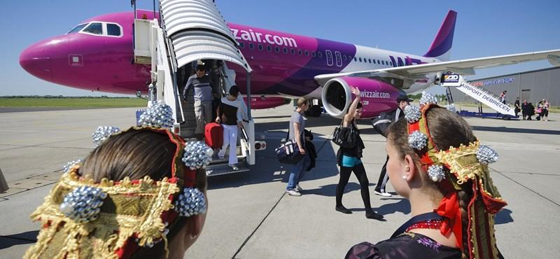 Fizetős lesz a kézipoggyász a Wizz Air járatokon