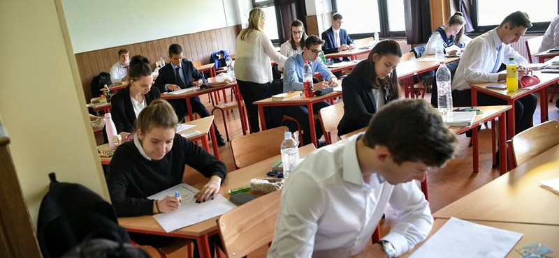 Sokszínű feladatsort kaptak az emelt szinten érettségizők