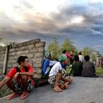 Négyszer tört ki és füstfelhőt okád Bali szigetének vulkánja