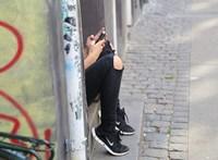 Mit mondjunk kamasz gyerekünknek, ha új telefont szeretne?