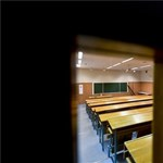 Zaklatási ügy állhat a Debreceni Egyetem dékáni távozása mögött?