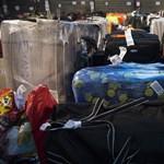 Árulkodó videó készült arról, hogyan vigyáznak a poggyászainkra a reptéren