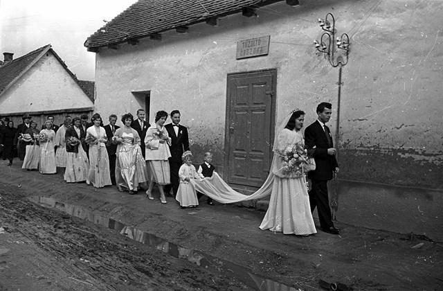 e! 1958. Magyarország, Harta Minden múlt a múltam kiállítás MNG