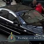Filmbe illő akcióban kaptak el bérlethamisítót a belvárosban – videó