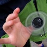 Meddig pörög a fidget spinner az űrben? – videó
