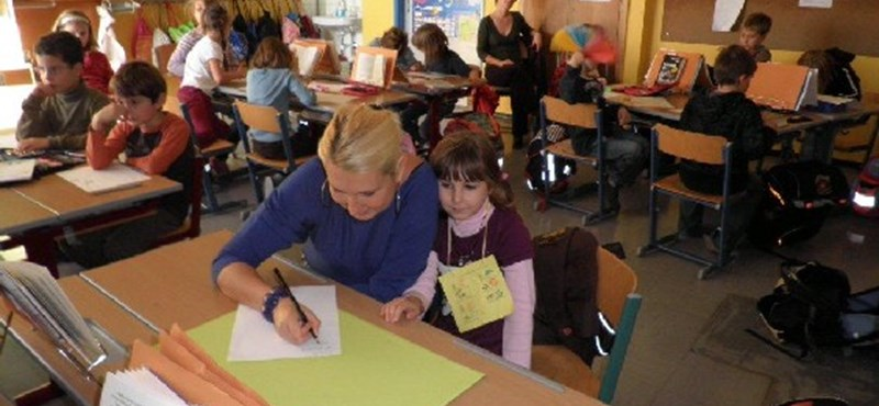 Német-magyar kéttannyelvű osztályok indulhatnak Ausztriában