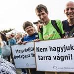 Oszd meg és uralkodj: civilek a centrális erőtérben