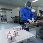 A keleti portyázás után vakcina várhatóan lesz elég, de bizalmat nem vásárolt hozzá a kormány