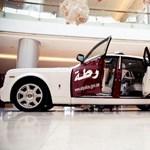 Rolls-Royce Phantommal cirkálhatnak a zsaruk Abu Dhabiban