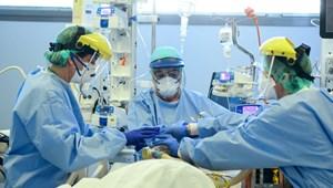 Olaszországban tovább csökkent az elhunytak száma - hírek percről percre