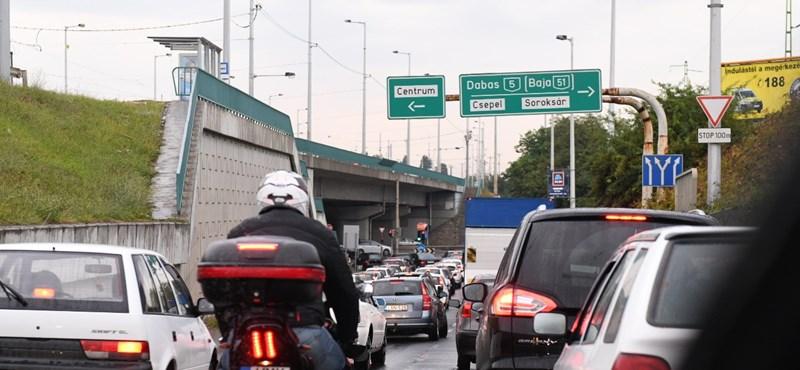 Palkovicsék is megpróbálkoznak a csepeli közlekedési káosz megoldásával