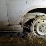 Filmbe illő autós üldözés volt éjjel a 6-oson, lövések is dördültek