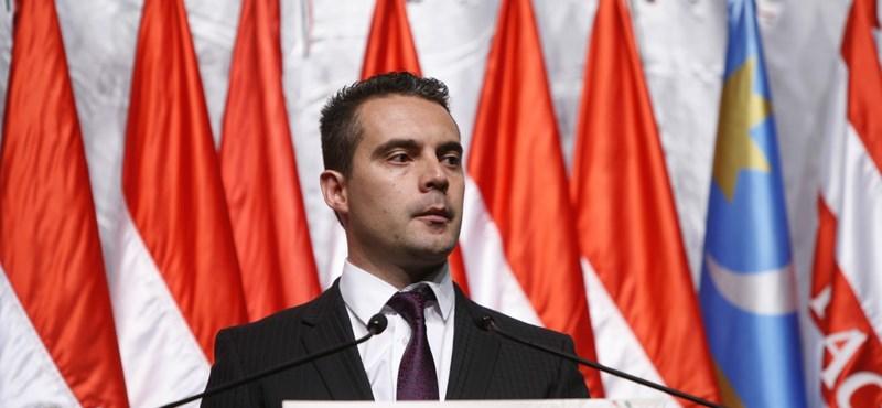 Vona: a nácik ne a Jobbiknál kopogtassanak