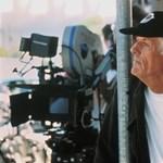 Meghalt Michael Apted, A világ nem elég című Bond-film rendezője