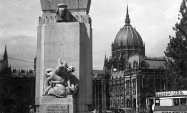 Nagy Imrét is kitúrja a Kossuth tér mellől a Horthy-éra emlékműve, de a felvésendő neveket még keresik