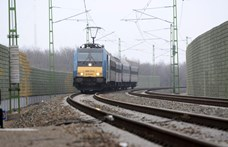 Halálos vasúti gázolás történt Ecsernél, késnek a vonatok a Budapest-Újszász-Szolnok vonalon