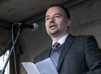 Facebook-komment miatt rúgták ki Lattmann Tamást az NKE-ről
