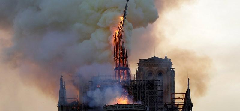 Párizs döbbenten figyeli, ahogy lángok mardossák a Notre-Dame-ot – olvasónk videója