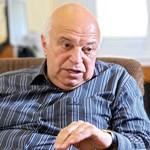 Felbontotta Nógrádi György szerződését a külügy cége