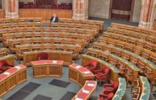 A DK át akarja vizsgáltatni a parlamenti szavazógépeket