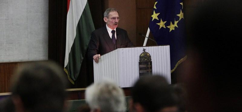 Gruevszki-ügy: A BM szerint nem hazudott a bevándorlási hivatal elnöke