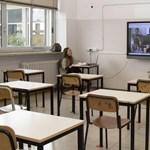Egy hét késéssel derült ki, hogy online is oktathatnak a krónikus betegségben szenvedő pedagógusok