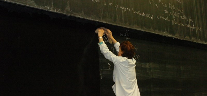 PDSZ: hatezer tanárt és tanítót kényszernyugdíjazhatnak