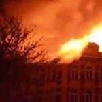 Teljesen leégett egy egyetem tetőszerkezete