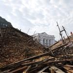 Arrébb tolta a hétvégi földrengés Katmandut