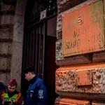 Nyomoznak az ÁSZ épületét összefestékező Gulyás Mártonék ellen