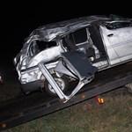 Egy 25 éves férfi halt meg a ruzsai kisbusz-balesetben