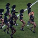 Kőkemény üzenetet küldött Beyoncé a Super Bowl félidei show-jában