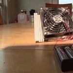 Egy 11 éves kisfiú feltalálta az eszközt, amivel megelőzhető, hogy bárki meghaljon a forró autóban