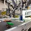Szélsebesen válogatja a szemetet egy amerikai robot – videó