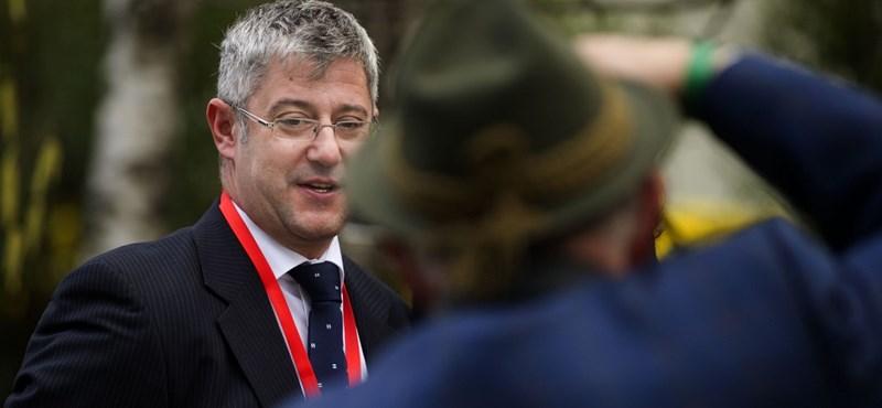 Szekszárdi ügy: a rosszul sikerült közlemény miatt felmentették az MSZP sajtófőnökét