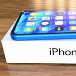 Nagyobb akkumulátort pakolhat az Apple az iPhone 13-ba
