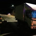 Teherautó gázolt halálra egy gyalogost Kaposváron - videó a helyszínről