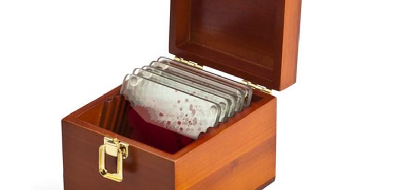 Karácsonyi ajándék, amivel kilóra megvehető a Dexter-rajongó