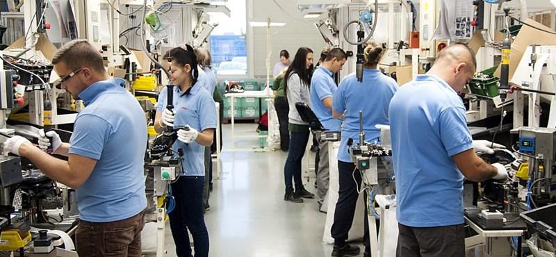 Jön a BMW: most már tényleg egy nagy autógyár lesz az ország