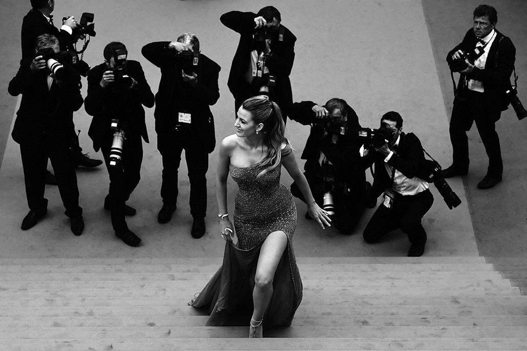 afp.16.05.21. -Blake Lively  amerikai színésznő - Cannes-i Filmfesztivál feketén-fehéren, Nagyítás