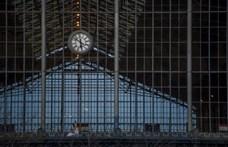2,5 helyett 9 milliárdért kap új tetőt a Nyugati pályaudvar