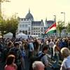 Pár száz embert mozgatott meg Gyurcsány tüntetése