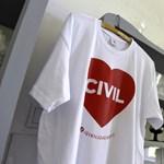 Civilek szembesítették a magyar jogállamiság helyzetével az amerikai külügyminisztert
