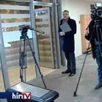 Így hajították ki a Hír TV-t a dunaújvárosi polgármester sajtótájékoztatójáról – videó