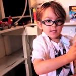 Oliver ötévesen vér profin vezeti tudományos sorozatát