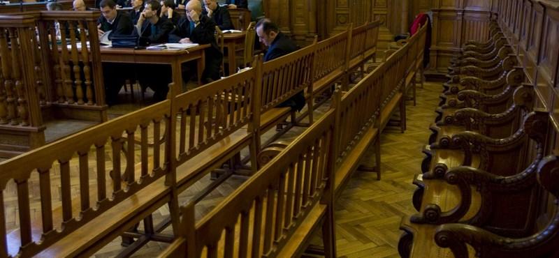 Népszava: több százan léphetnek ki a Magyar Bírói Egyesületből