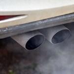Indulás előtti motormelegítés: a szomszédban akár 1,6 millió forintos bírság is járhat érte