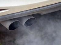 Komoly üzemanyagár-emelést és 120-as sebességlimitet lengettek be a németek