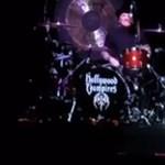 Videó: Koncert közben lett rosszul az Aerosmith gitárosa